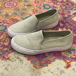Green Keds sneakers. Size 5